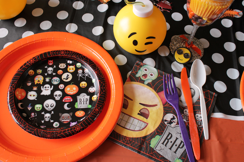 Halloween Emoji Party Tableware