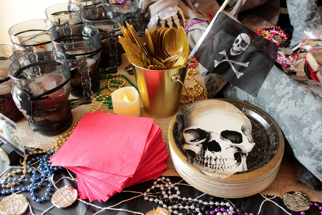 Goonies Party Tableware