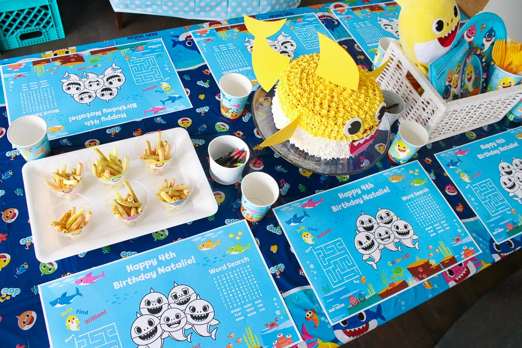 Baby Shark Party Table