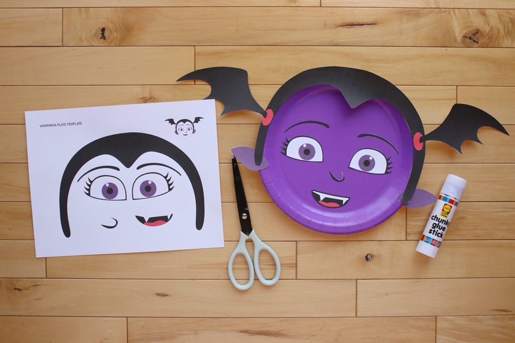 DIY Vampirina PhotoBackdrop Step 3