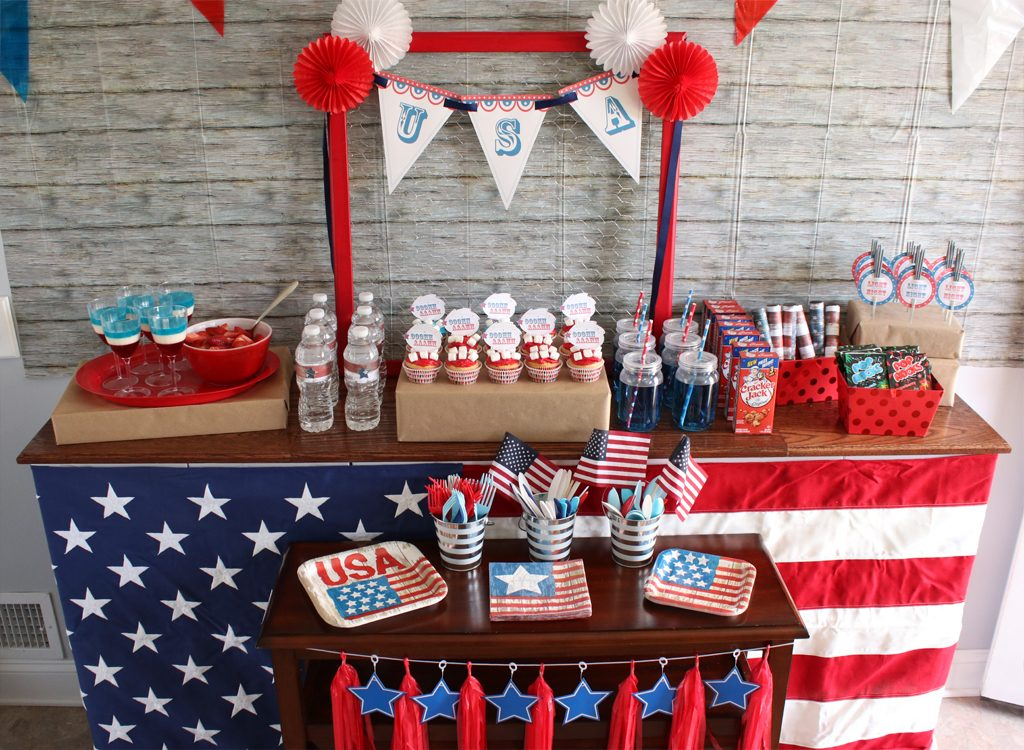 Vintage Patriotic Party Food & Drink Table