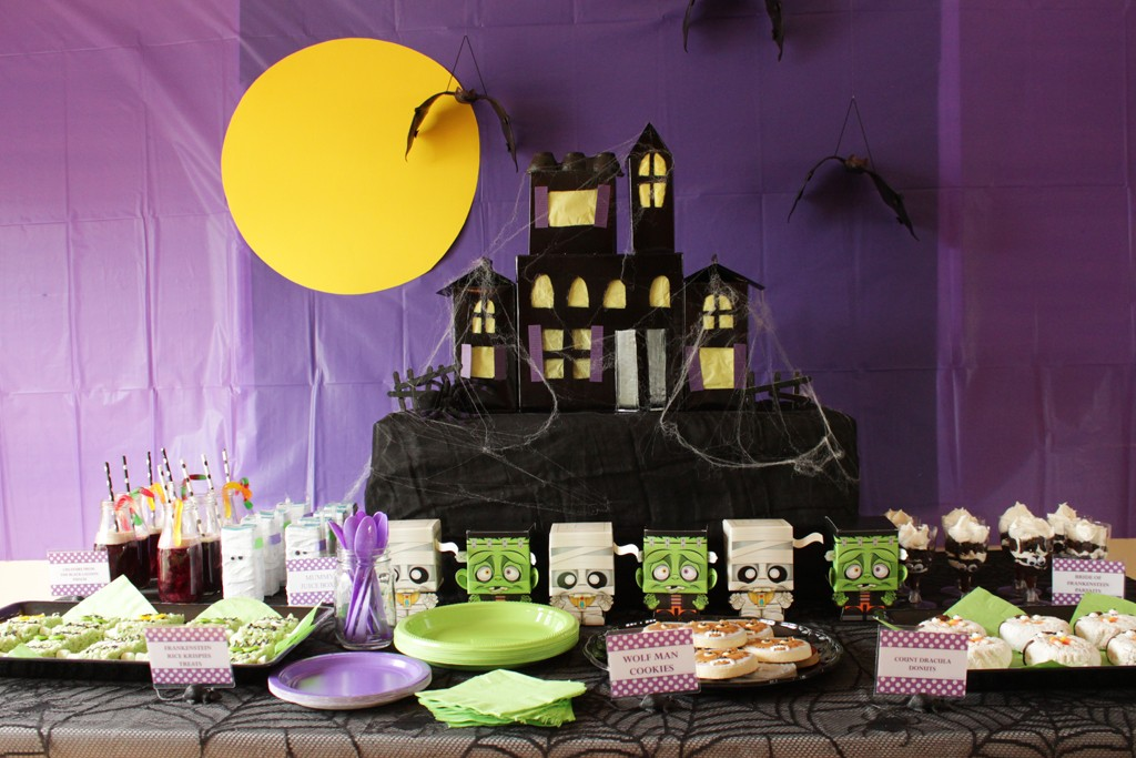 Classic Movie Monsters Halloween Party Decorations