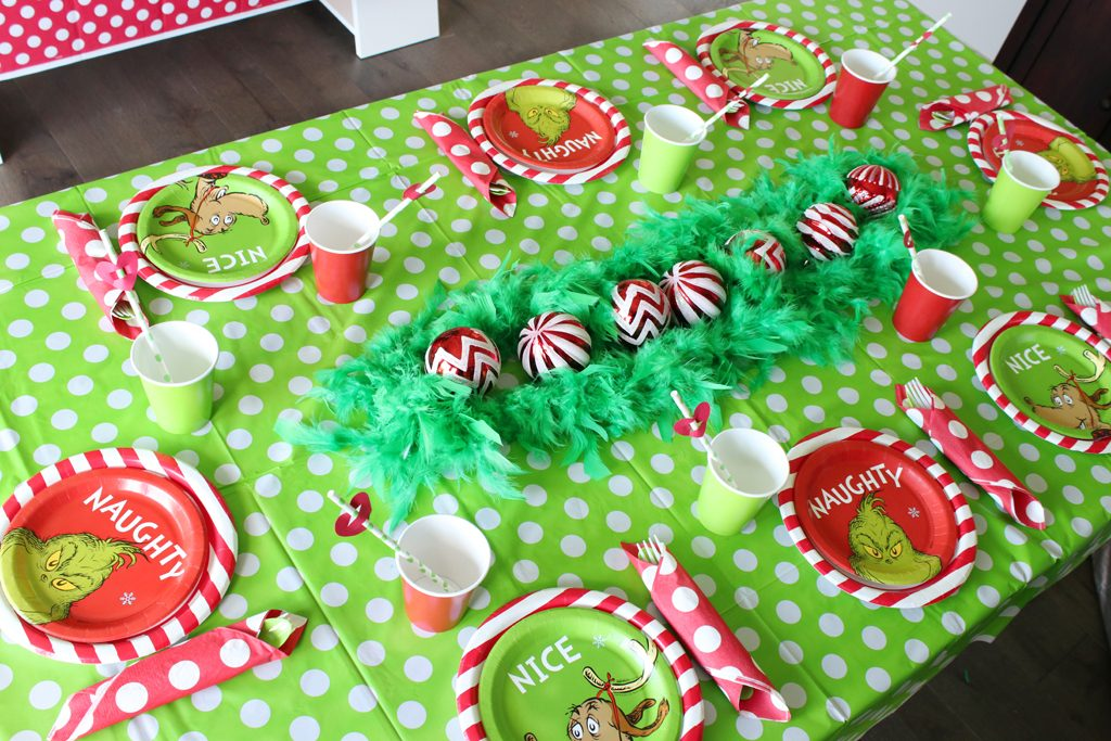 Grinch Party Tableware