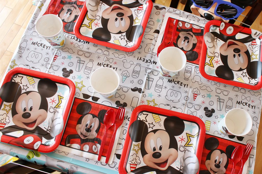 Mickey Mouse Party Tableware