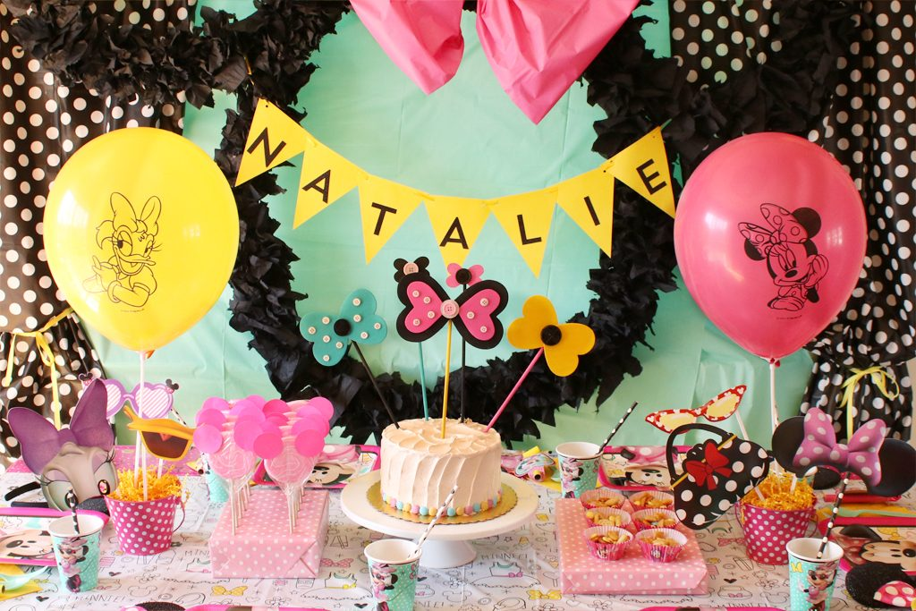 Minnie Mouse Party Table Decorations