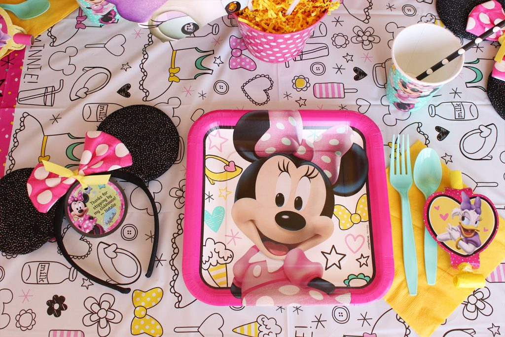 Minnie Mouse Party Tableware