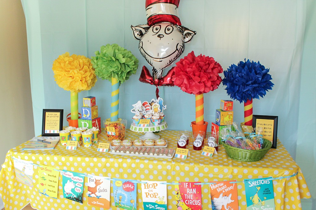 Dr. Seuss Birthday Party Table