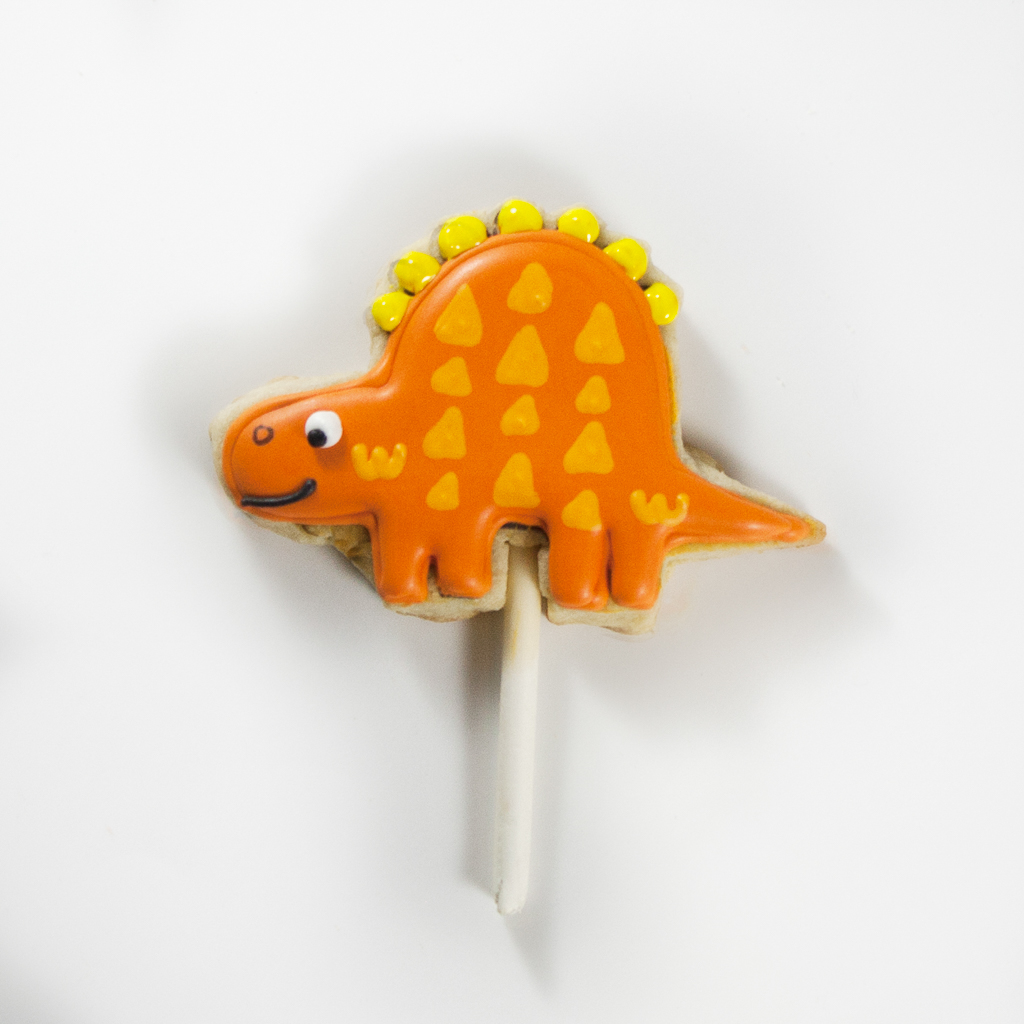 Dinosaur Cookie Cake Toppers Step 7