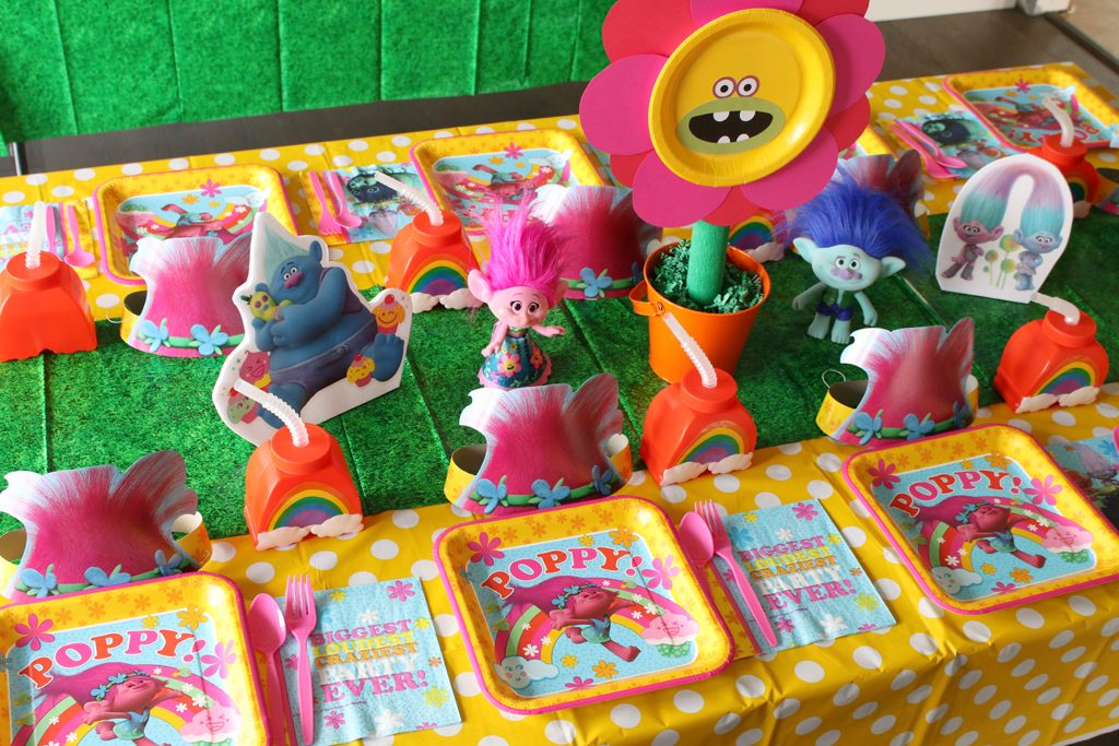 Trolls Birthday Party Table